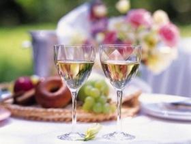 """Бесплатная дегустация вина при заказе любого салата в """"Big children's"""""""