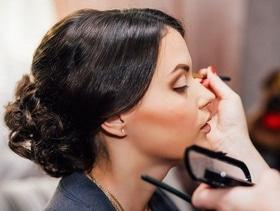Скидка на услуги при заказе свадебного макияжа от Анны Капшитарь