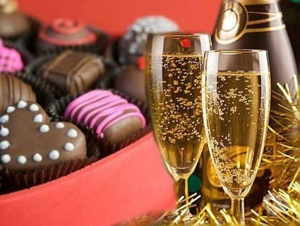 Открытку воскресная, открытки конфеты с шампанским