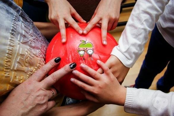 """Акция - Подарок ко Дню Святого Валентина от """"M&Kids Educational Centre"""""""