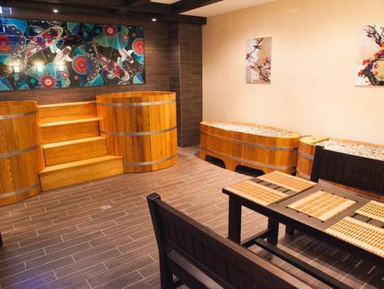 Романтическое свидание для двоих в японской бане Офуро в подарок от Дар Калифа