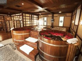 """Акция месяца: Японская баня """"Лепестки Сакуры"""" + аппаратный педикюр"""